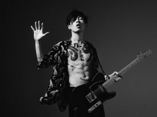 2015年新曲情報!世界を震撼させるギタリストMIYAVIを特集