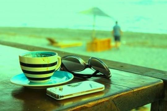【休日に聴きたい】洋楽おすすめプレイリスト30選(晴れの日編)