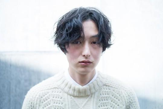 【目指せイメチェン】メンズ・センター分けのセット法&髪型集