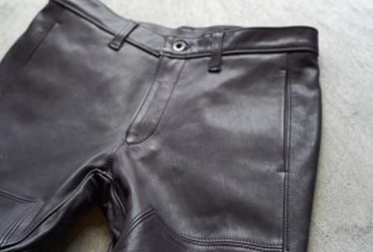 レザーパンツのブランドと着こなし!【厳選】周りと差がつく