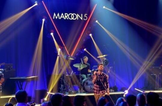 【マルーン5人気曲】今一番アツい海外バンドのオススメだけを厳選。
