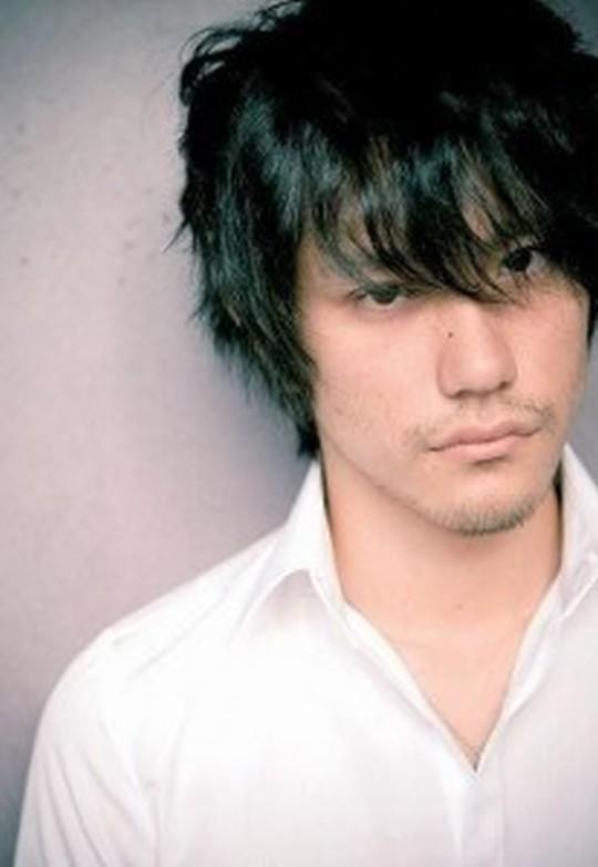 無造作ヘアと言えばこの人!松山ケンイチの髪型集&作り方・セット法