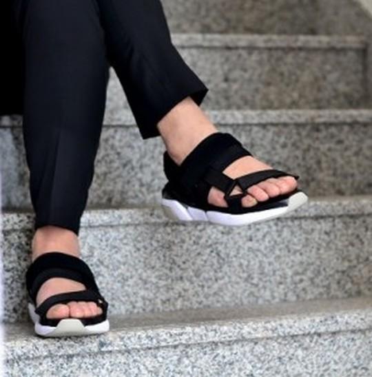 【この夏履きたい】サンダルのブランドおすすめ7選*メンズ