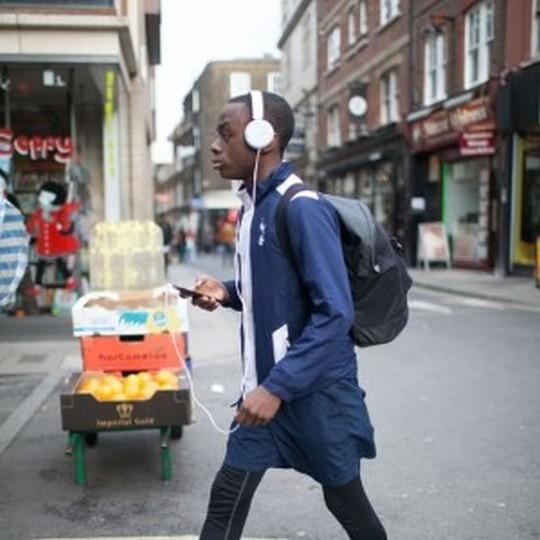 音楽のある生活。ヘッドホンを意識したファッション講座*メンズ