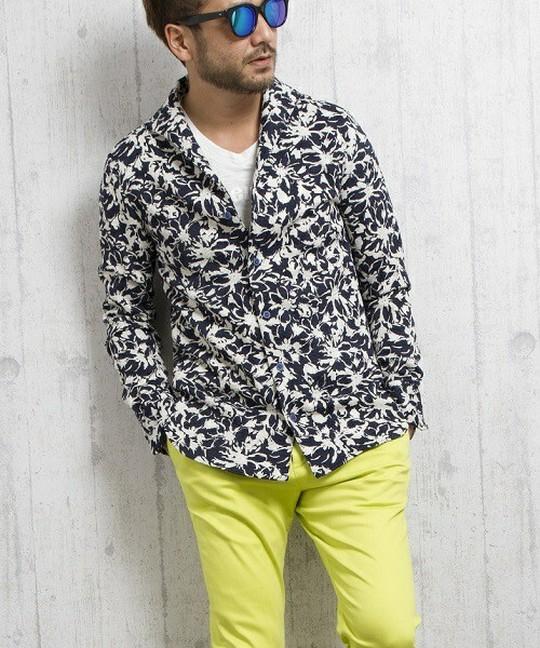 花柄シャツが似合わないは勘違い?間違いと着こなしのコツ&コーデ集