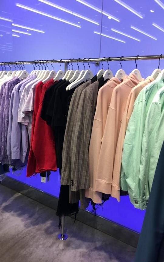 ファッションの色でわかる性格がすごい!トレンドカラーを使った着こなしと色彩心理