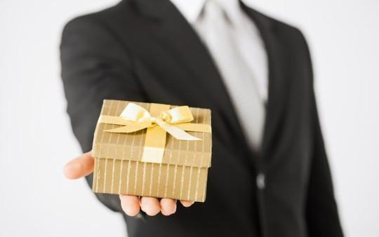 いきなりお揃いのプレゼントはドン引き確定!彼女に嫌われる危険なプレゼントをご紹介