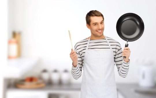 自炊男子はモテる!?深型フライパンで基本の調理を楽々マスター!