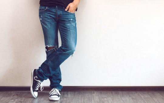 【春はジーンズに履き替えよう!】オシャレなジーンズの着こなし7選