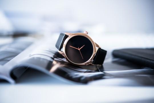 ダサい腕時計の例