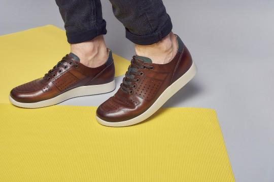 つい手を抜きがち!ダサいと言われないために靴を磨こう!
