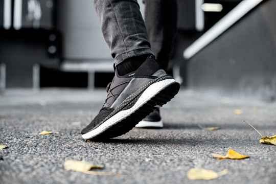 ダサい靴とダサくない靴の差ってどこにあるの?流行りのスニーカーはダサい?ダサくない?