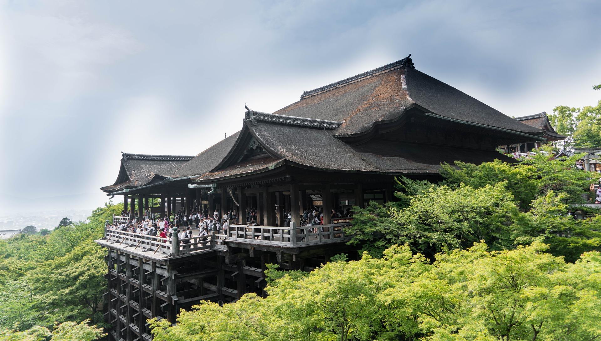 京都で使える出会い系おすすめ!出会いの場と合わせて使えるアプリまとめ